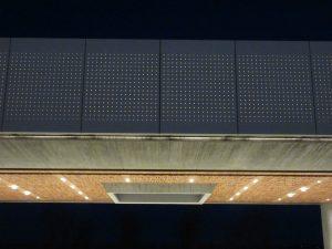 大屋根ファサードライト(1)